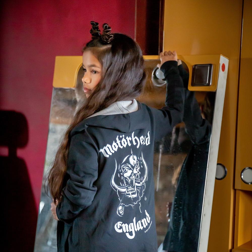 Chaqueta para niños de Motörhead England con cremallera y capucha fotoshoot