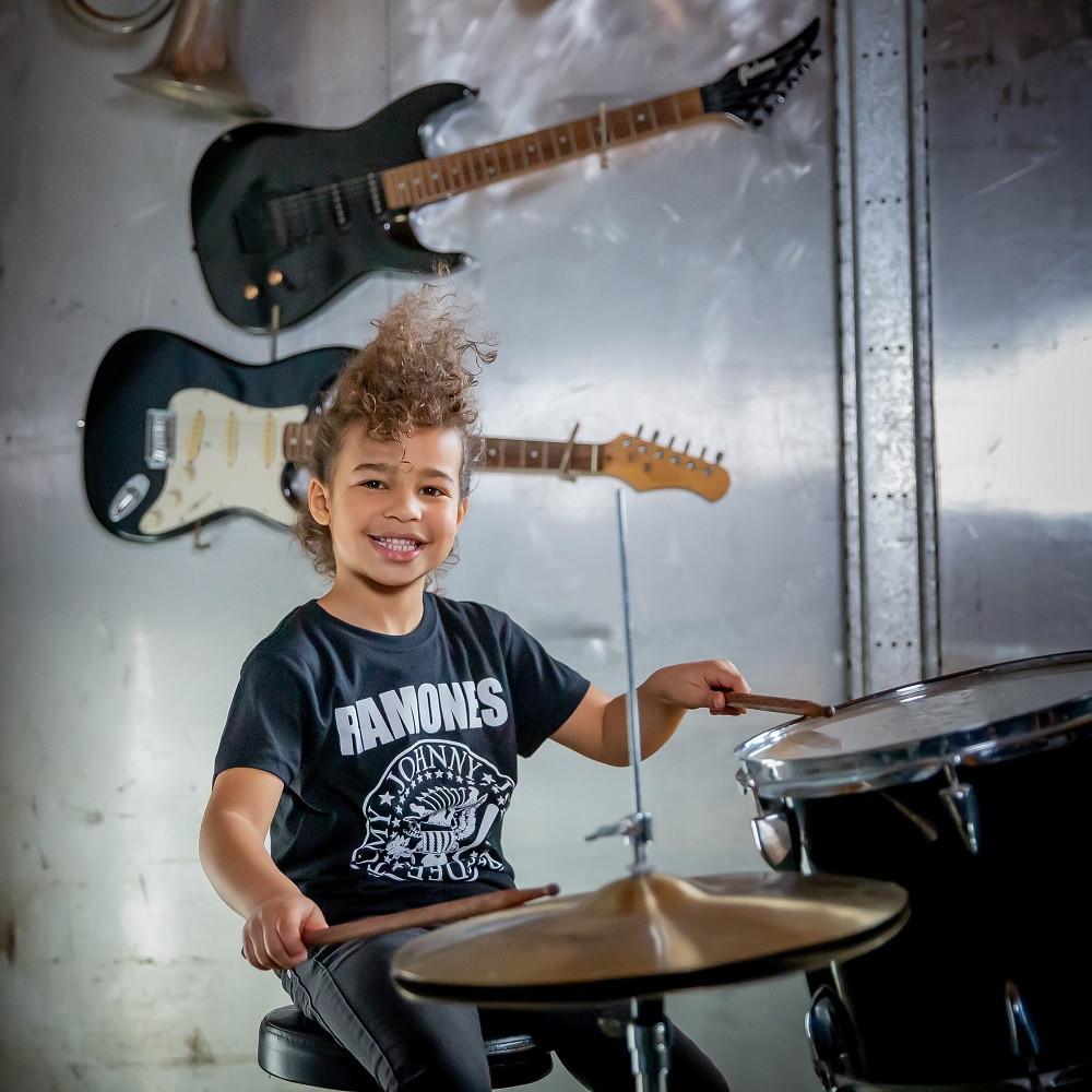 Camiseta Ramones para niños Logo White fotoshoot